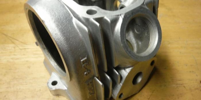 Honda Cub シリンダーヘッド ウェットブラスト